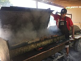 Grill Master Jewel reveals sizzling ribs at Big Momma's Kitchen.