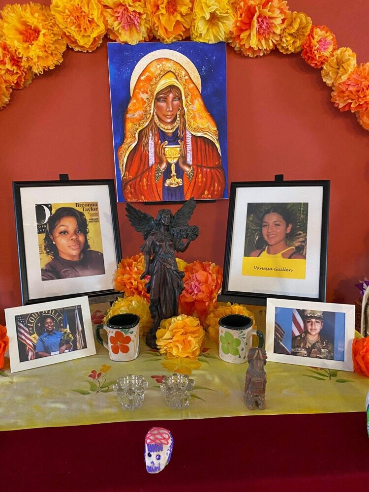 An ofrenda to honor Breonna Taylor in Fort Wayne.