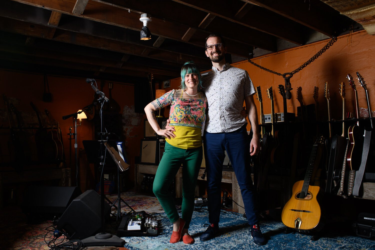 Lyndsy Rae Porter and Ben Porter are both French musicians who play in a band together and separately.