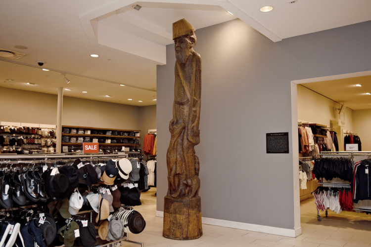 Fort Wayne Mall >> Where S Johnny A Sculptor Wants To Immortalize The Real