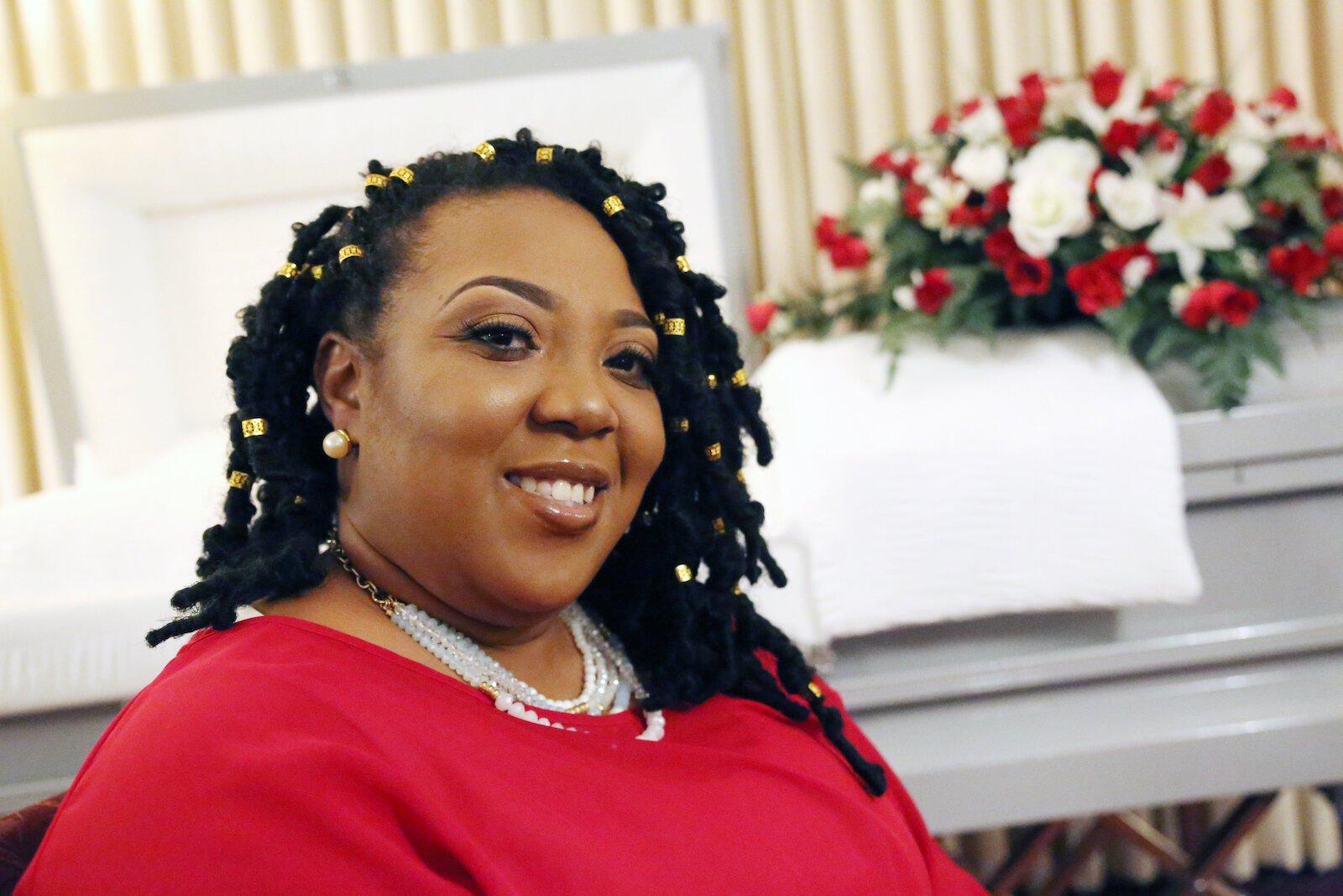 Laneisha Bennett is the founder of Leave Legacy Memorial, LLC.